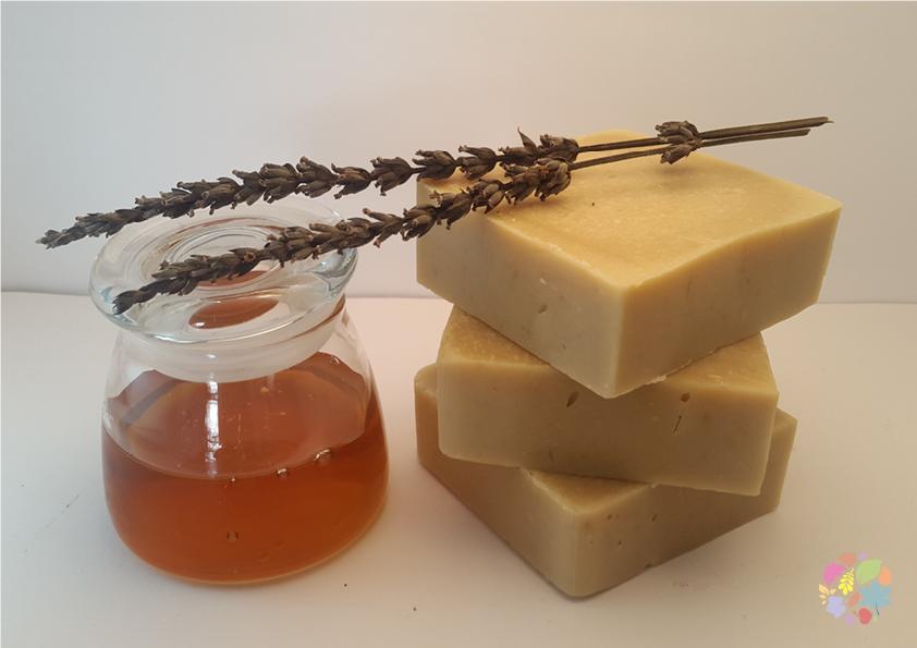 mel com lavanda